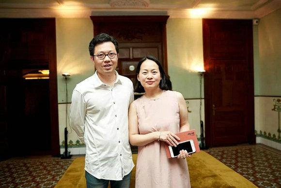 陈燕飞和太太Grace