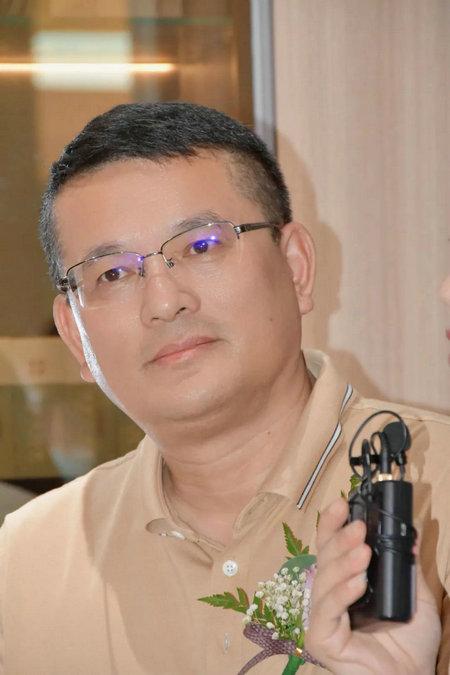大亚人造板集团副总裁吴健忠
