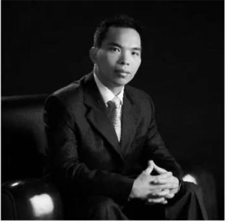 金达集团CEO史佛兰
