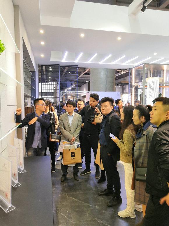 广州展参观人数众多