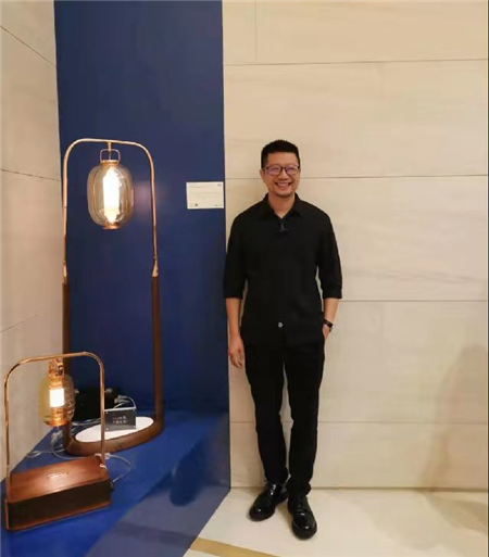 铂晶艺术创始人、创意总监吴岱杰