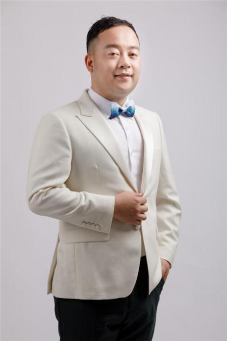 东韵达观总经理张春辉