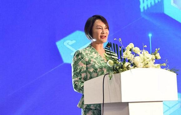 红星美凯龙控股集团有限公司联席董事长车建芳致辞
