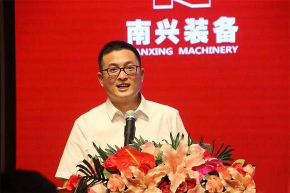 南兴装备股份有限公司总经理詹任宁先生